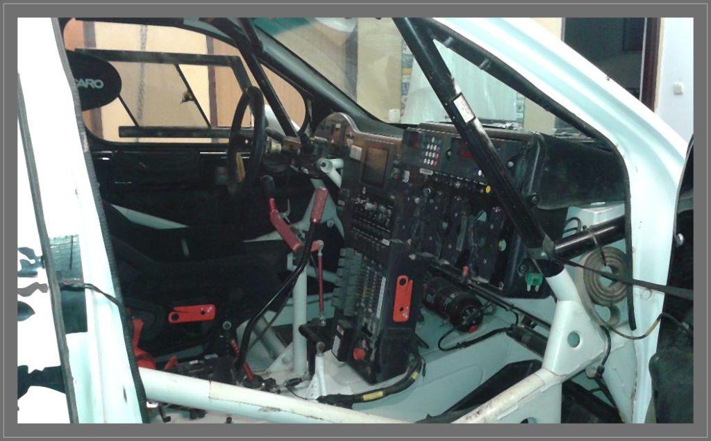 Naprawiamy instalację elektryczną w rajdowym samochodzie Toyota Hilux